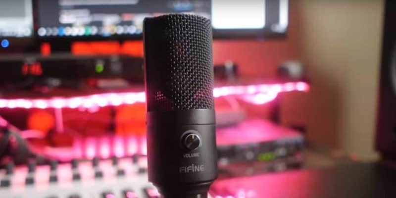 Microphones For Noisy Environment