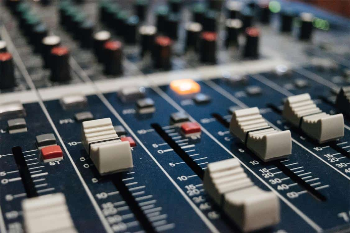 Best Mixing Consoles For a Recording Studio reviewed