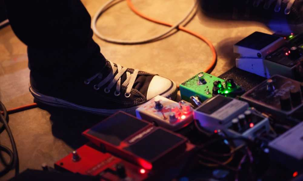 How to Power Multiple Guitar Pedals: The Easiest Method