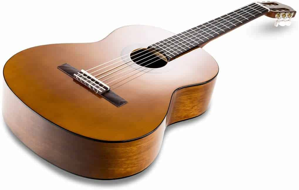 Beste guitar for beginners: Yamaha C40 II