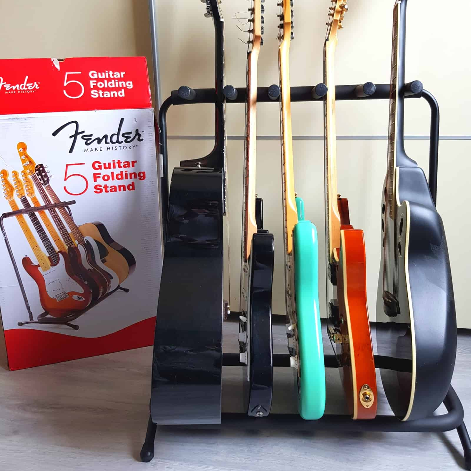 Best budget guitar stand for 5 guitars: Fender 5 Multi-Stand